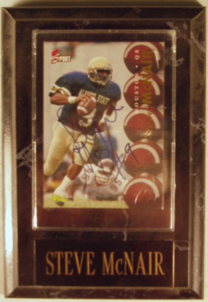 1006: Steve McNair: sgnd card plaque - Appraised at $65