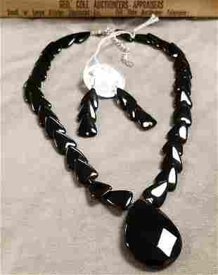 BLACK ONYX NECKLACE W/ PR. EARRINGS