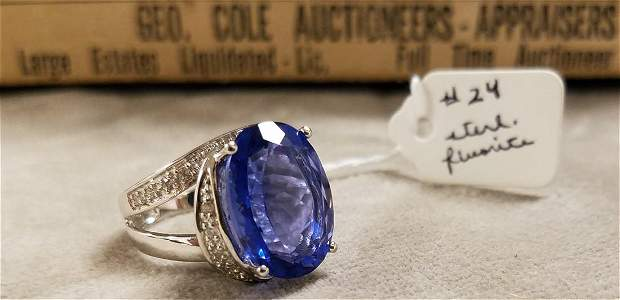 STERL. RING W/ FLOURITE