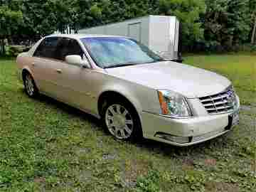 2009 Cadillac DTS - Luxury Ride All Leather Interior