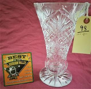 CUT GLASS VASE 975