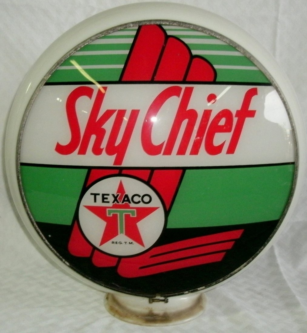 Vintage Glass Texaco Sky Chief Gas Pump Globe / Topper