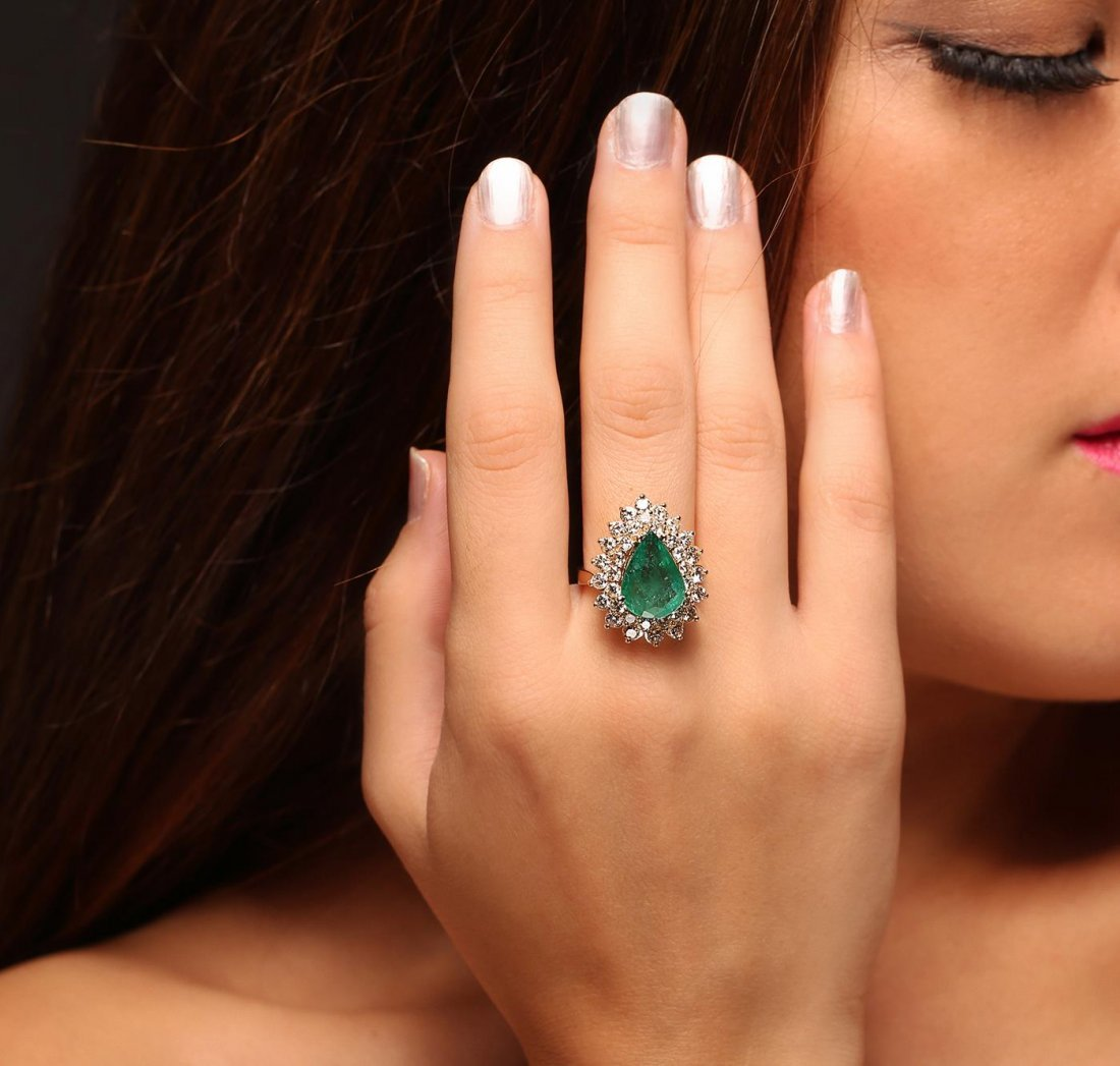 14KT Yellow Gold 4.17ct Emerald and Diamond Ring
