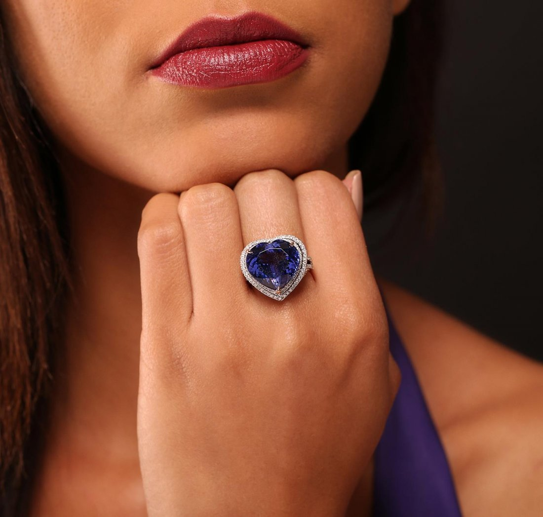 14KT Two-Tone Gold 16.27ct GIA Certified Tanzanite and