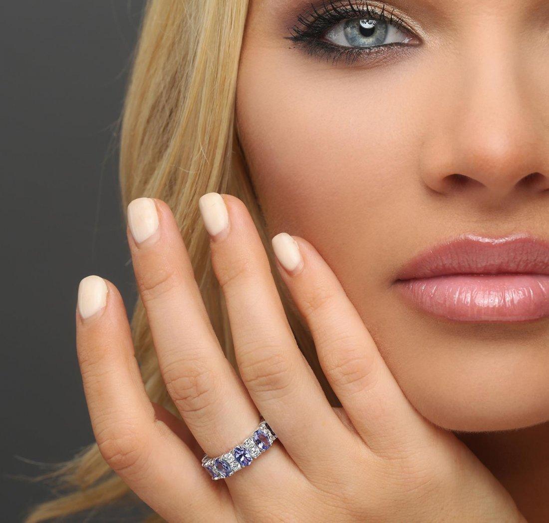 14KT White Gold 2.80ctw Tanzanite and Diamond Ring