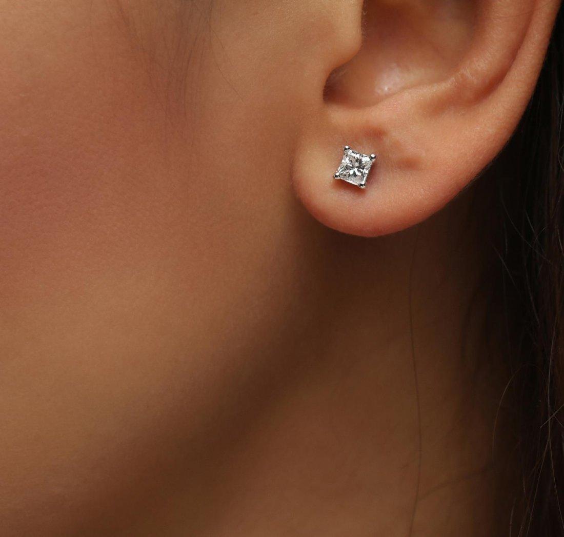 14KT White Gold 1.11ctw Diamond Solitaire Earrings