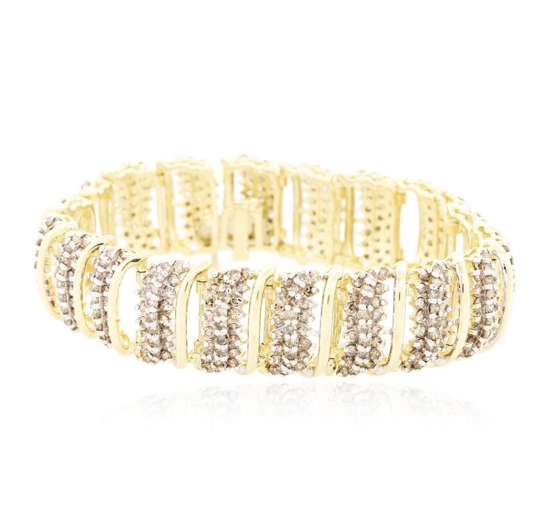 10KT Yellow Gold 8.31 ctw Diamond Bracelet