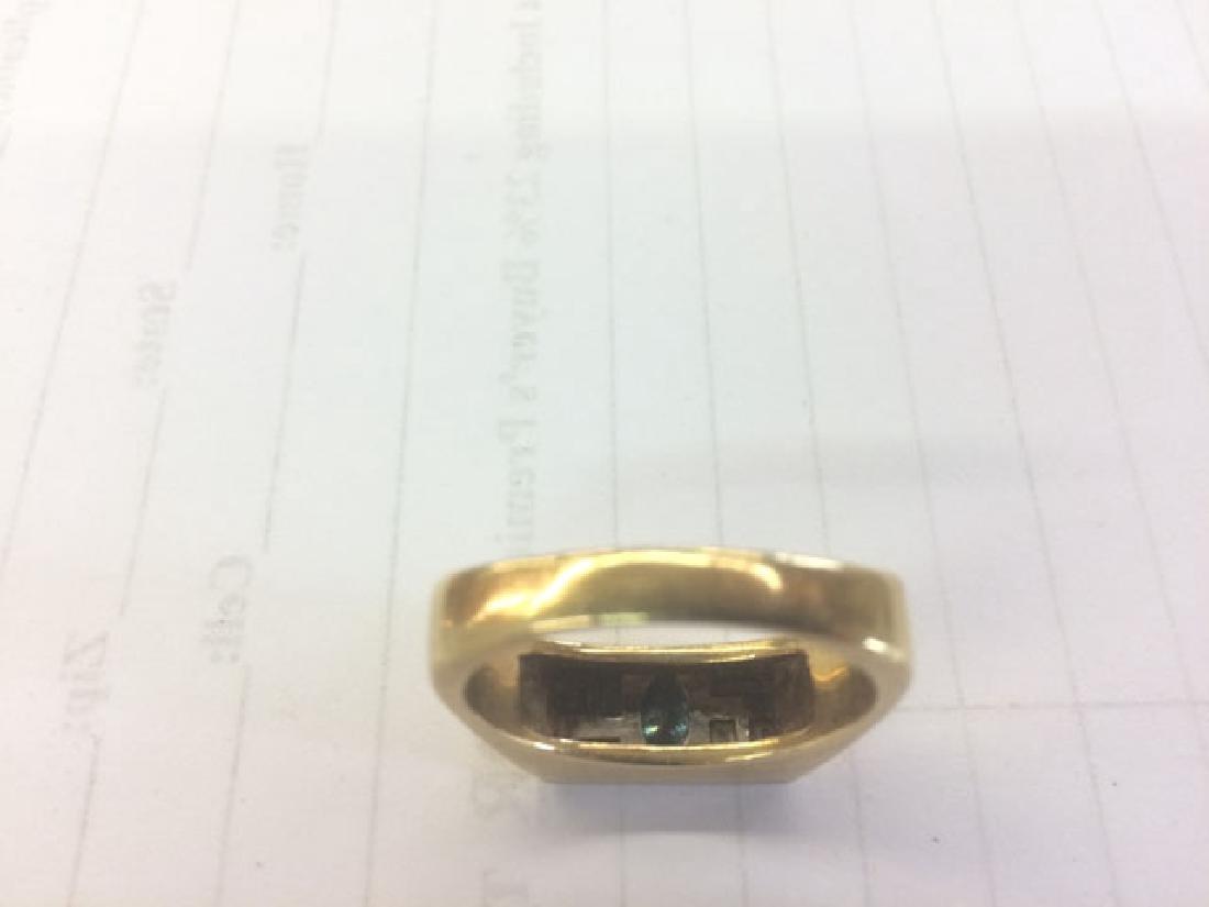 Man's 18K Yellow Gold Dinner Ring, the rectangular top - 2