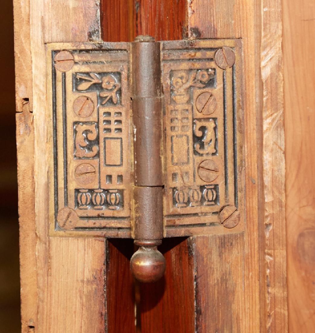 Louisiana Cypress Cupboard, 19th c., the ogee crown, - 5