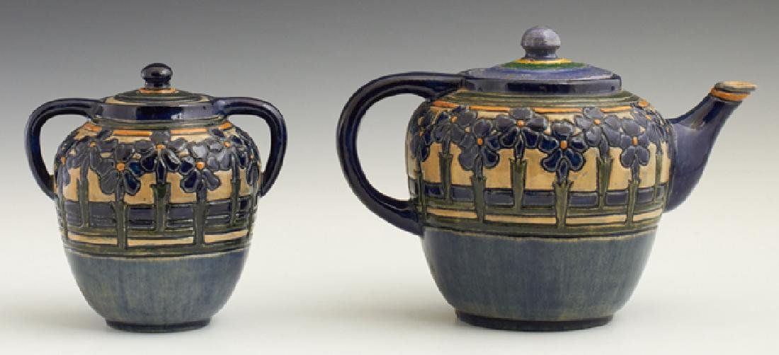 Newcomb College Teapot and Sugar Bowl, 1906, by