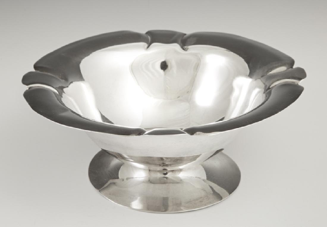 Mexican Sterling Compote, mid 20th c., with a lobed