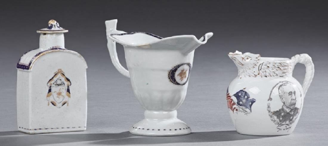 Three Porcelain Pieces, consisting of a Chinese export