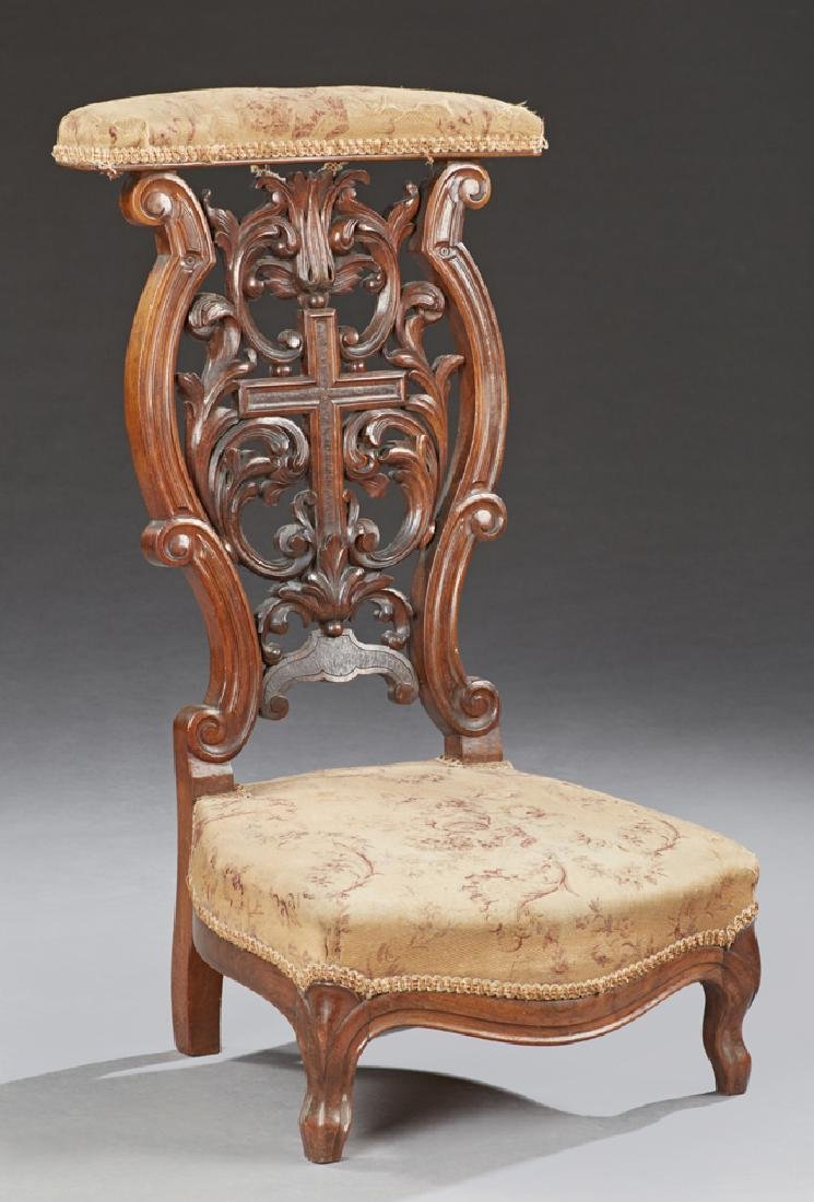 French Carved Walnut Prie Dieu, 19th c., the curved