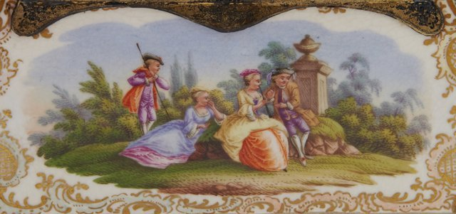 Two Painted Porcelain Dresser Boxes, late 19th c., - 5