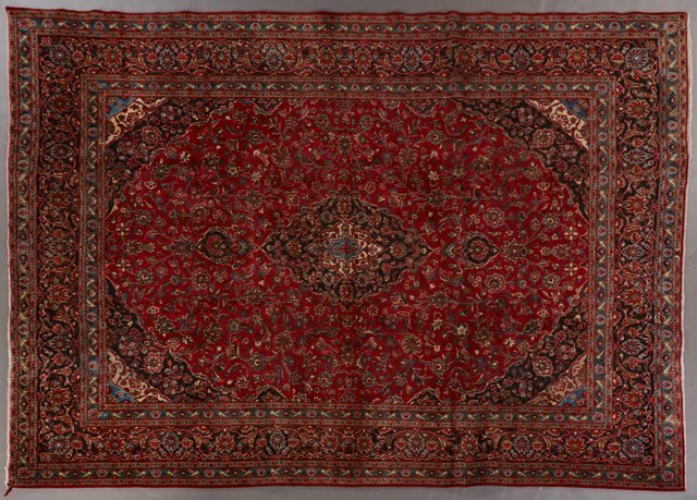 Kashan Carpet, 9' 6 x 12' 5.