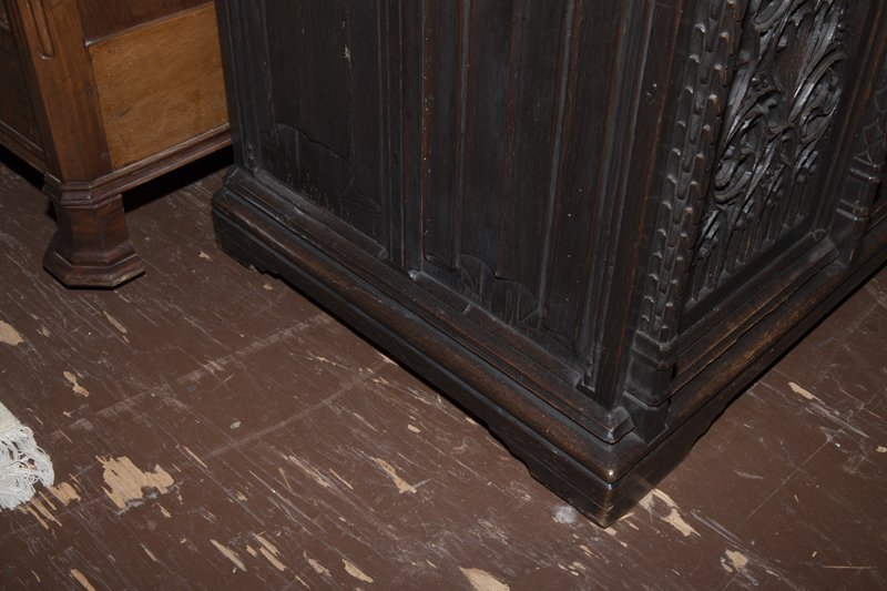 Gothic French Carved Oak Wainscot Arm Chair, c. 1880, - 9
