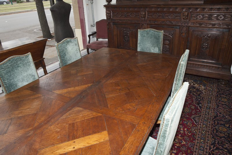 French Provincial Carved Oak Louis XV Style Dining - 3