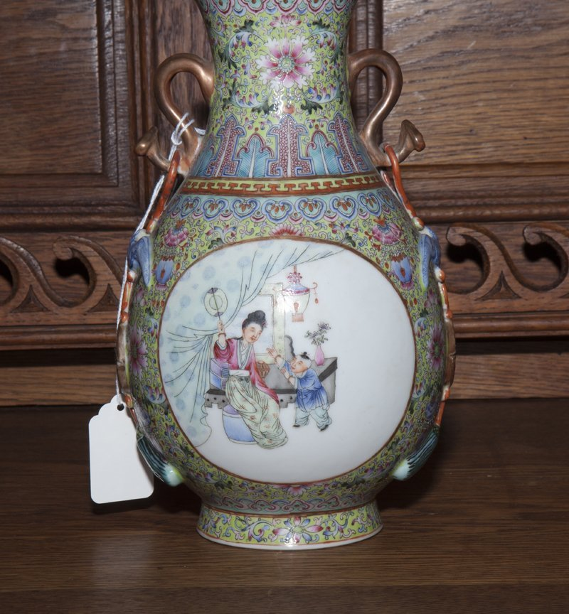 Chinese Porcelain Famille Rose Baluster Vase, 20th c., - 5