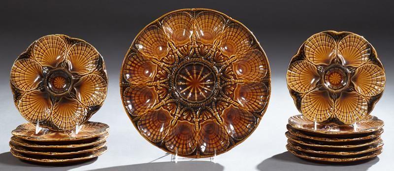 French Twelve Piece Ceramic Oyster Set, 20th c.,