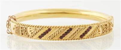 English Victorian 9K Yellow Gold Hinged Bangle
