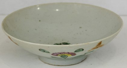 23: Oriental Rice Bowl, 19th c., with floral decoration