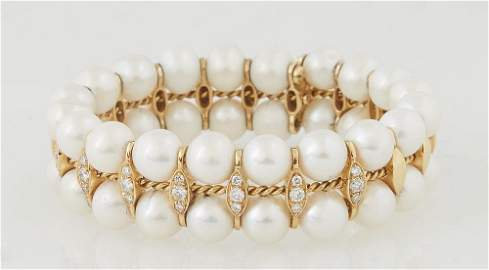 Vintage Lady's 18K Yellow Gold Pearl Double Bangle