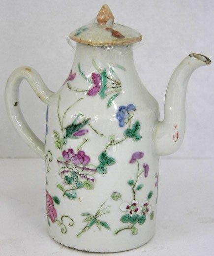 15: Chinese Ching Dynasty Porcelain Lidded Teapot, late