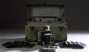 Vintage Graflex 4x5 Camera, with 11 plate holders and a