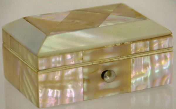 758: English Mother-of-Pearl Patch Box, 19th c., the sl