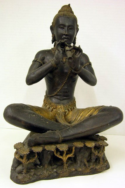 876A: Siamese Patinated and Gilt Cast iron Buddha Figur