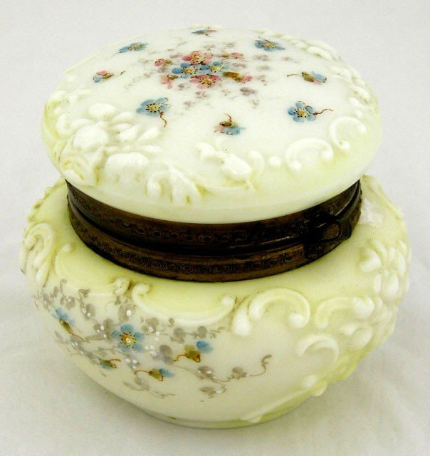 14: Diminutive Wavecrest Covered Dresser Box, c. 1900,