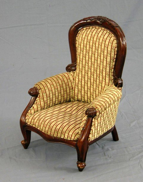 897: Victorian Style Carved Mahogany Child's Fauteuil,