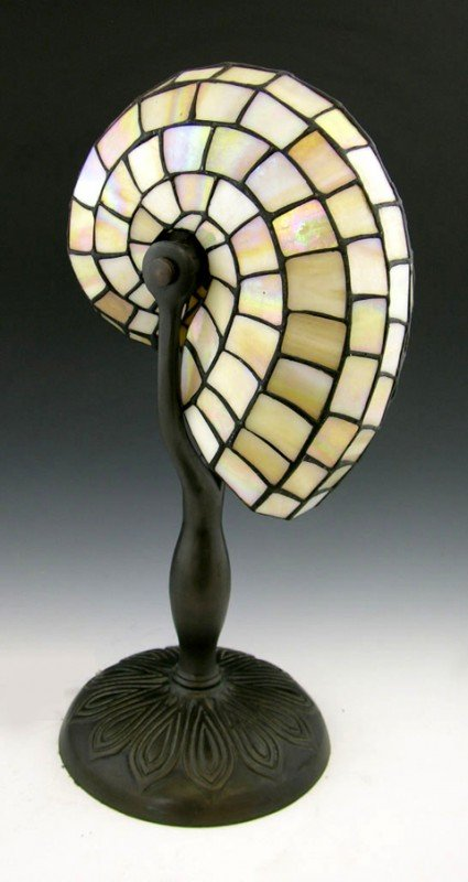 902: Contemporary Tiffany Style Nautilus Shell Desk lam