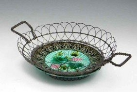 16: Unusual Handled Wire Basket, 19th c., the bottom wi