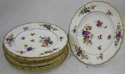 42: Set of Eight English Porcelain Dinner Plates, 19th