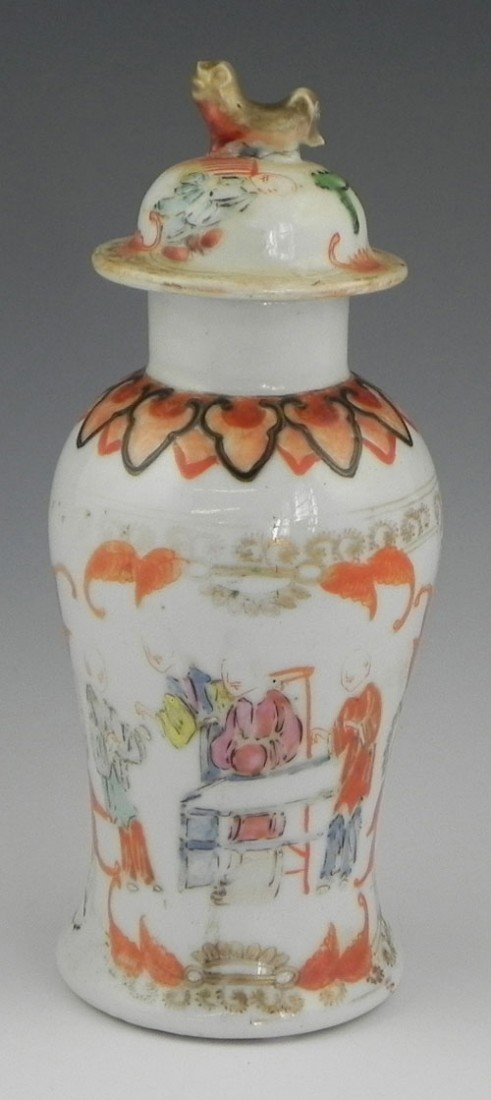773: Chinese Porcelain Baluster Covered Jar, 19th c., t