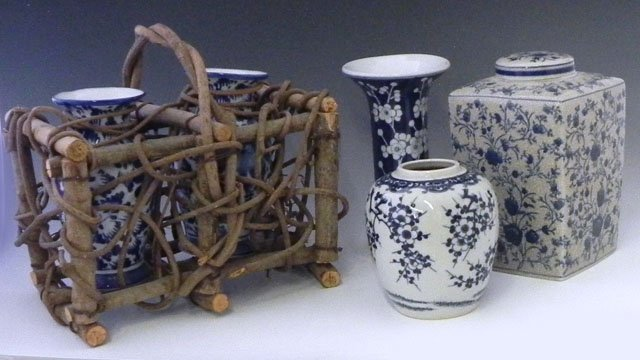 13: Five Pieces of Oriental Blue and White Porcelain, 2