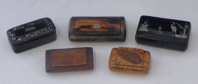 763: Group of Five Snuff Boxes, 19th c., three of wood,