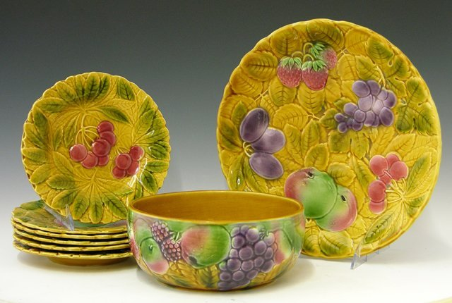 1: Eight Piece Majolica Fruit Set, 20th c., consisting