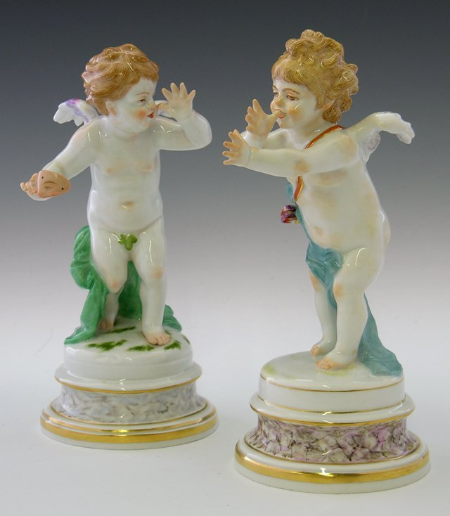 12: Pair of Meissen Porcelain Figures of Cherubs, early