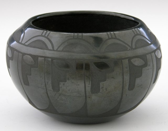 15: Santa Clara Black Pottery Bowl, 20th c., signed on