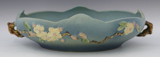 807: Roseville Pottery Circular Handled Blue Bowl, 20th