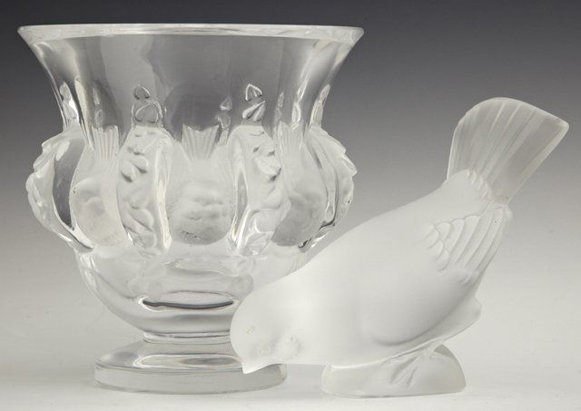 Two Pieces of Lalique Crystal, 20th c., a frosted glass
