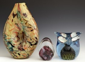 Three Art Glass Items, 20th C., Consisting Of A Blown G