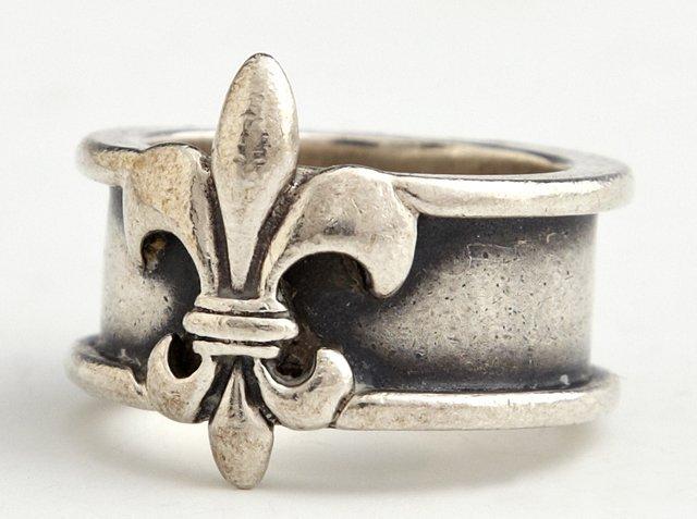 Lady's Mignon Faget Sterling Fleur-de-Lis Ring, size 8.