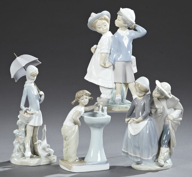 "Group of Four Lladro Figures, 20th c., ""Clean Up Time,"""