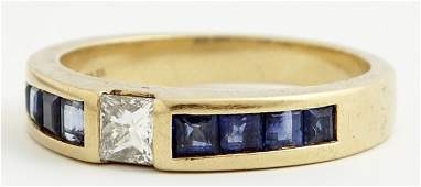 Tiffany and Co. 18K Yellow Gold Band, with a central 25