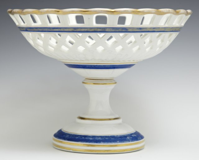 Old Paris Porcelain Compote, mid 19th c., with lattice