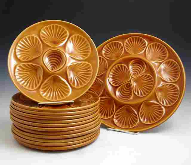 French Provincial Thirteen Piece Ceramic Oyster Set,