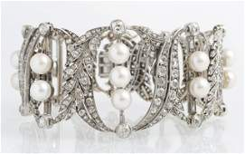 Ladys Platinum Pearl and Diamond Link Bracelet early